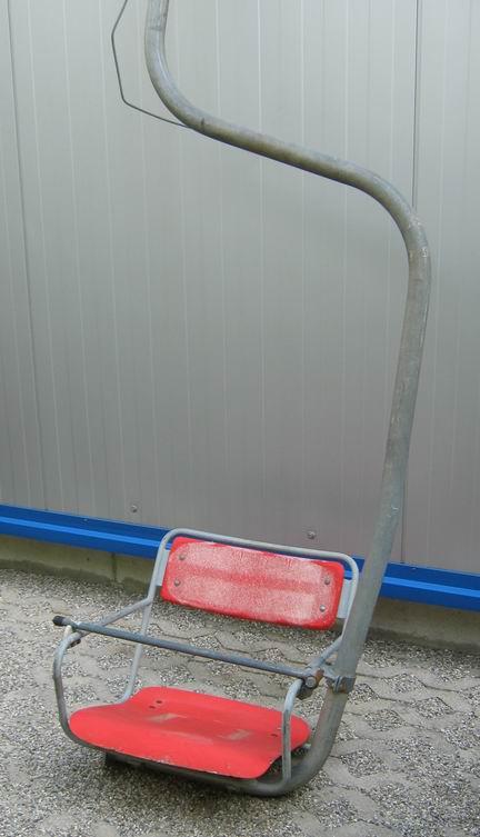 orig. alter Einsitzer Sessellift mit Haltestange ca. 300cm